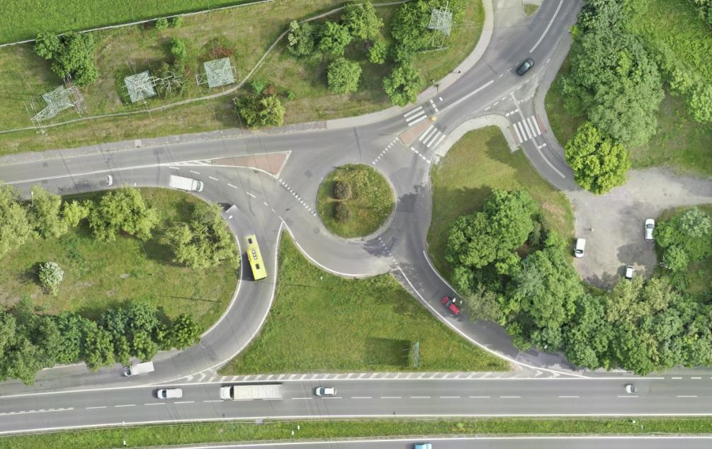 Analiza skrzyżowania o ruchu okrężnym